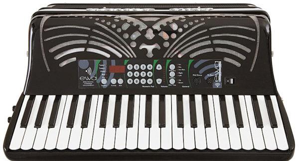 Vista dall' alto fisarmonica con mescherina digitale