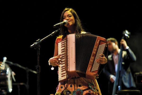 Lucyane Alvez Scandalli Accordions - Intense